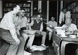 A Holmi szerkesztősége 1994-ben. Balról: Fodor Géza, Závada Pál,  Domokos Mátyás, Várady Szabolcs, Radnóti Sándor, Réz Pál