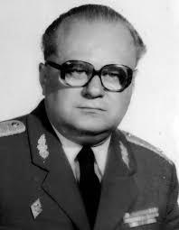 Dr. Mátyás Miklós hadbíró ítélte halálra  Kristóf Lászlót