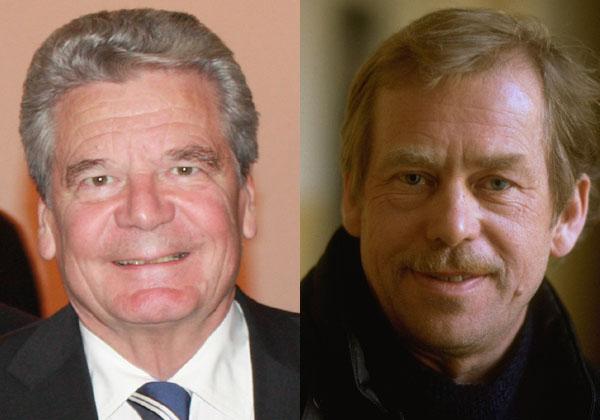 Joachim Gauck és Václav Havel a Prágai Nyilatkozat első aláírói