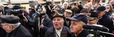 Tüntetés Donáth György szobrának felavatása ellen