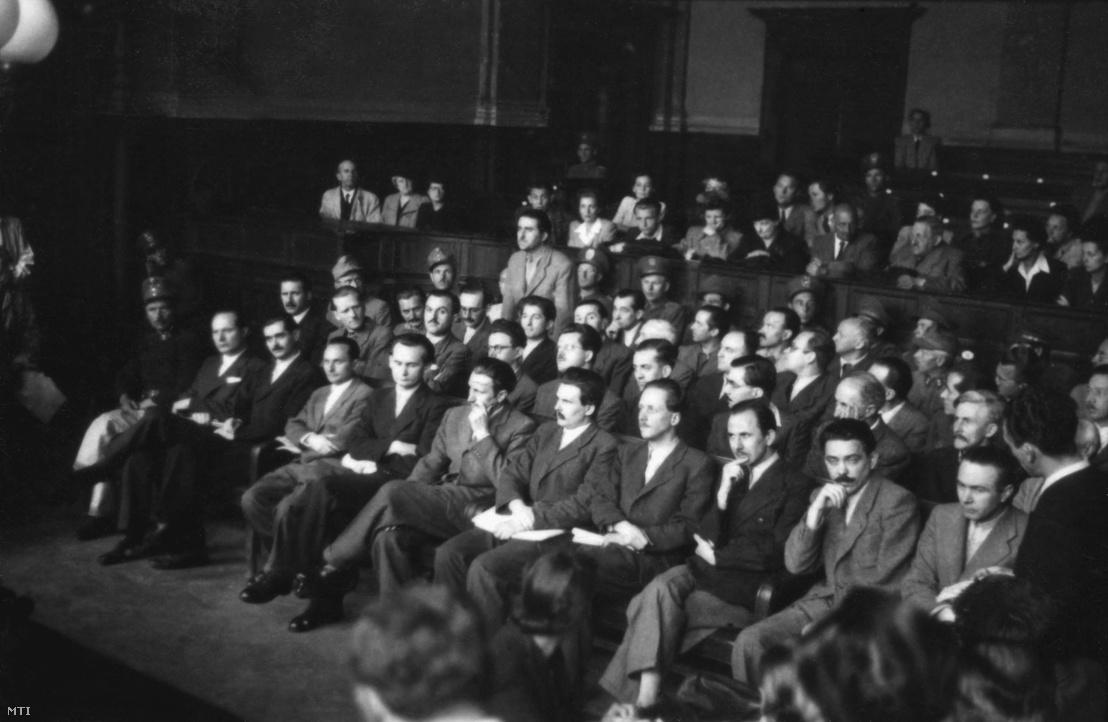 A Magyar Közösség perének vádlottjai, 1947. június 12.   (MTI)