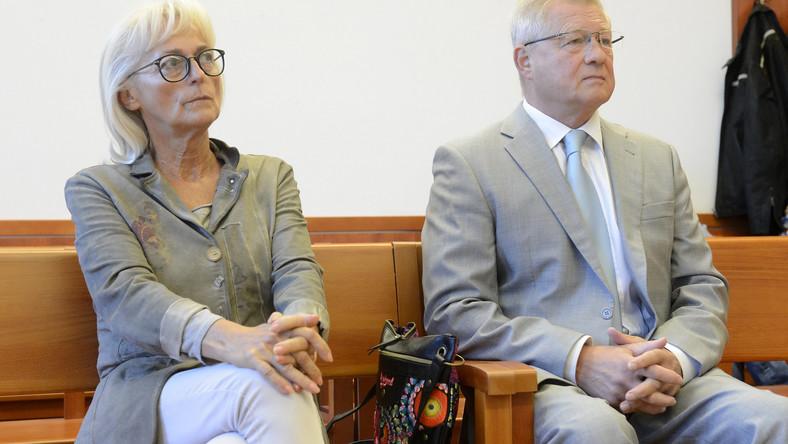 Dávid Ibolya és Herényi Károly. A Fővárosi Törvényszék társtettesként elkövetett kényszerítés miatt ítélte el őket (MTI Szigetváry Zsolt felvétele)