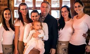 Az Orbán-család (alfahir.hu)