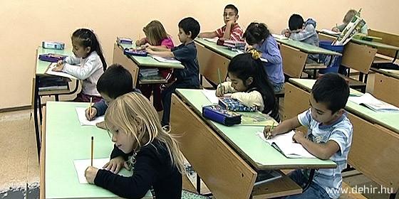 Iskolai szegregáció. Roma osztály Hajdúhadházán