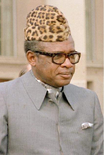 Mobutu Sese Seko, 1965-től 1997-ig Kongói  Demokratikus Köztársaság (későbbb Zaire) elnöke  és katonai diktátora
