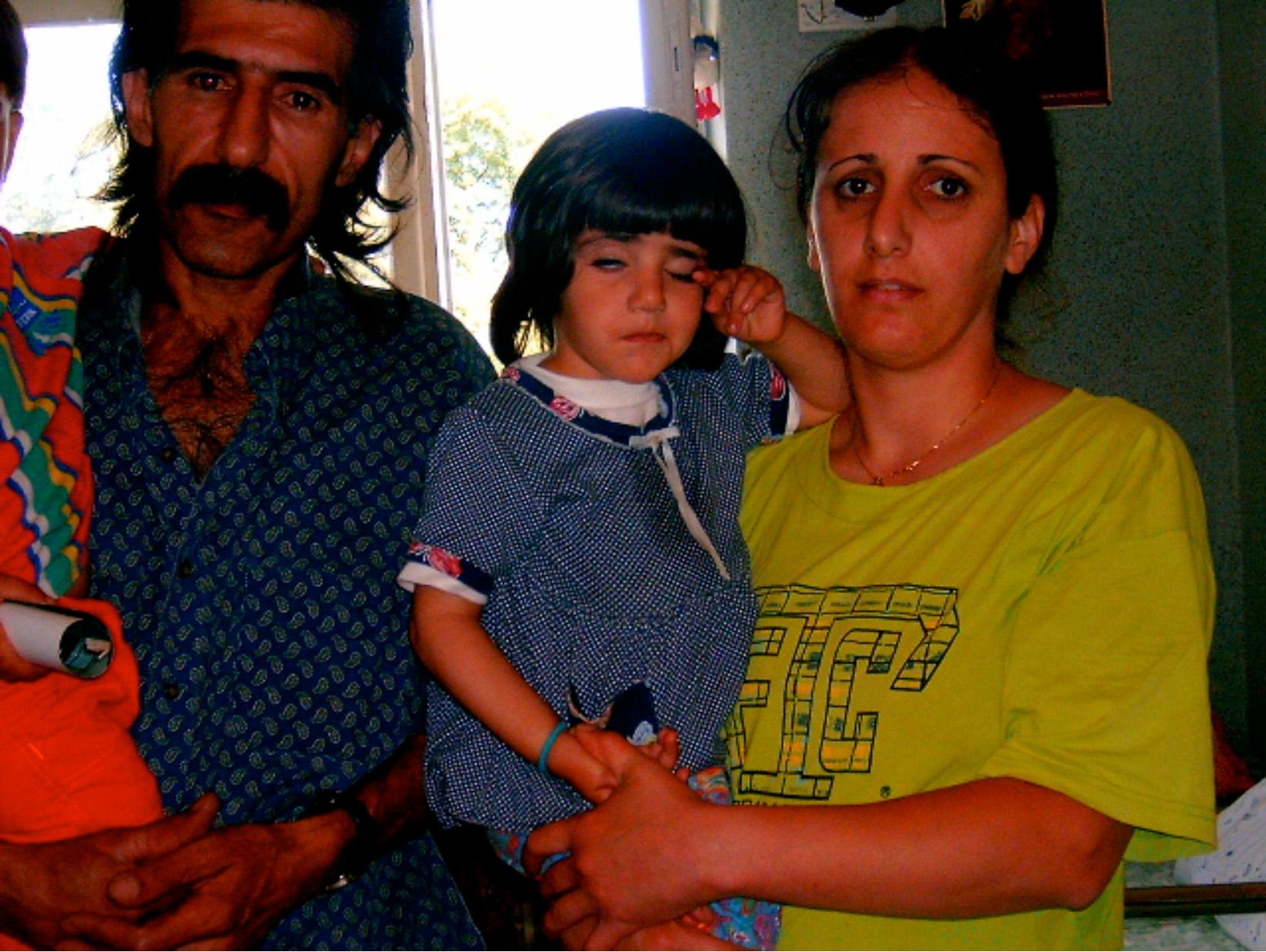 Ennek az iráni családnak az ügyében megindult a menedékjogi eljárás, így nyitott szálláson élnek.