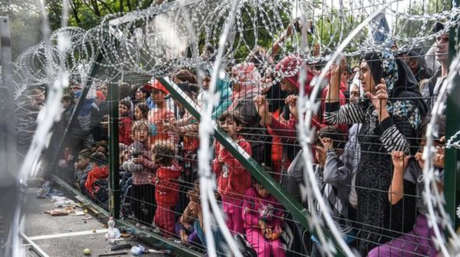 A kerítésen belül: Magyarország, 2015