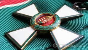 A Magyar Köztársasági Érdemrend Nagykeresztje