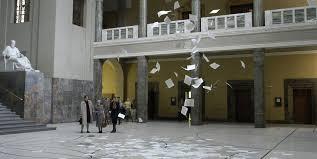 Náciellenes röplapok a müncheni egyetemen, 1943. február. Jelenet  A fehér rózsa  című filmből