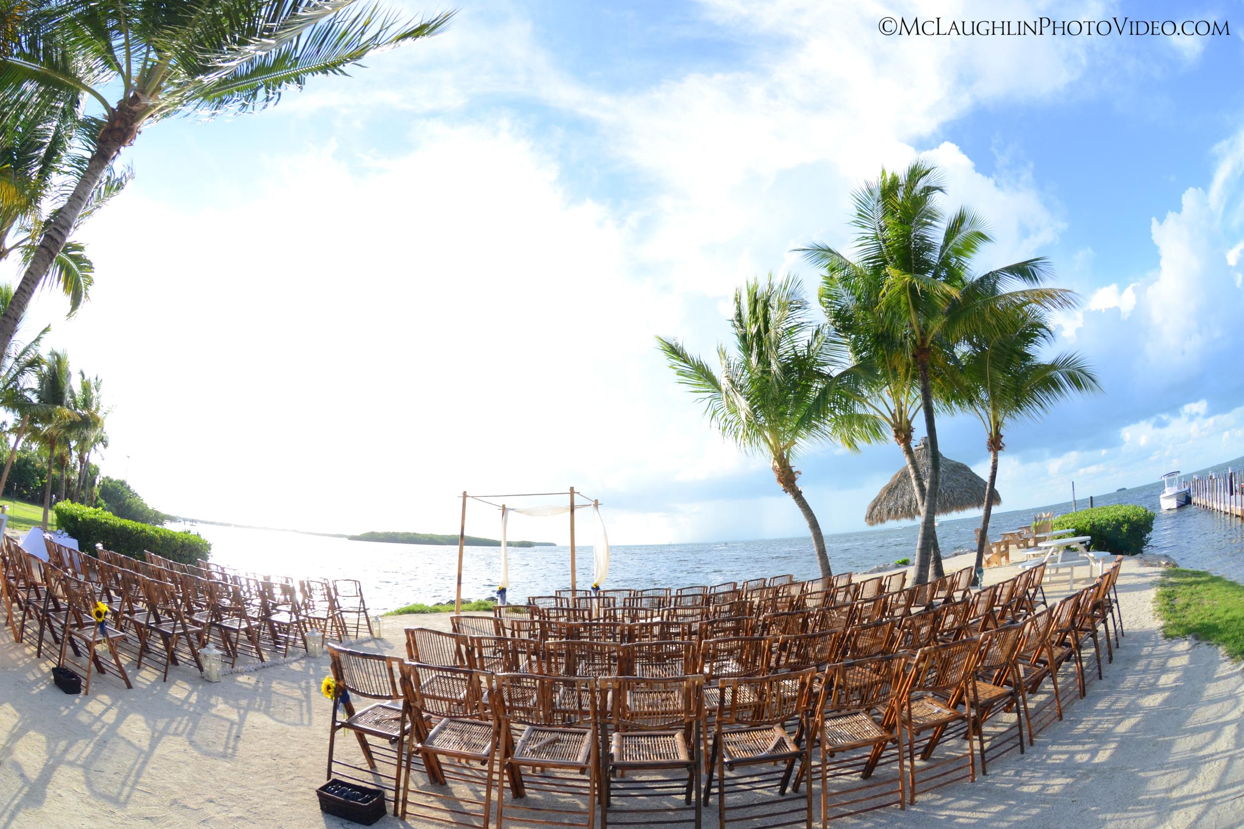 Chiavari Chairs, Arch