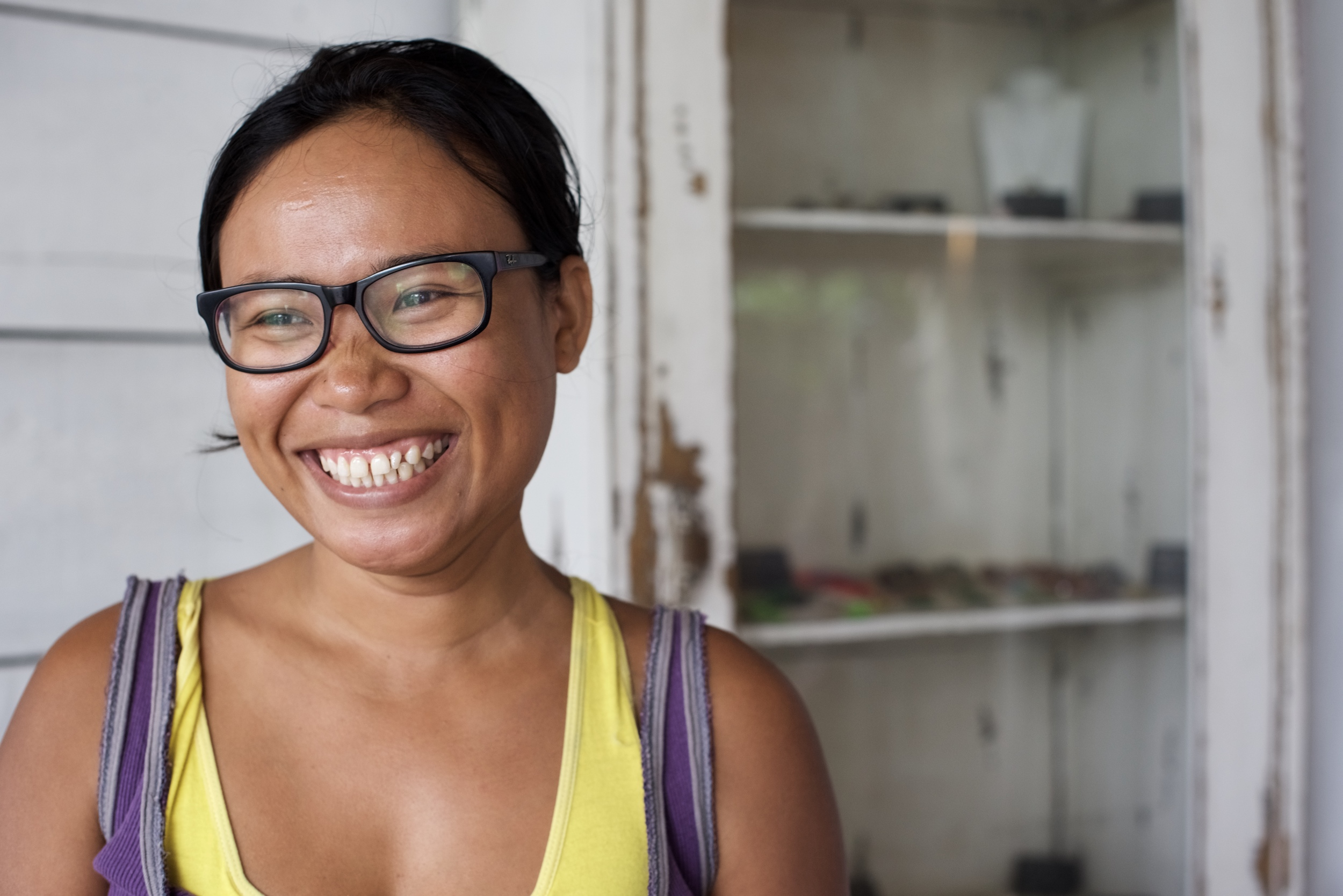 "Meet Era, the retreat manager and massage therapist for The Pineapple House.  Her smile says it all - full of life and optimism.  Greeting me each morning, she exuded joy as we sipped our coffee talking about the adventures of the previous day.  I received two treatments from her on the first and last day of my visit.  The final treatment included a traditional Balinese a skin scrub called ""Boreh"" - a mixture of rice, ginger, cloves and cinnamon.  When applied, it creates a heat-effect that relieves muscle aches and increases blood circulation healing the body and warming the soul."