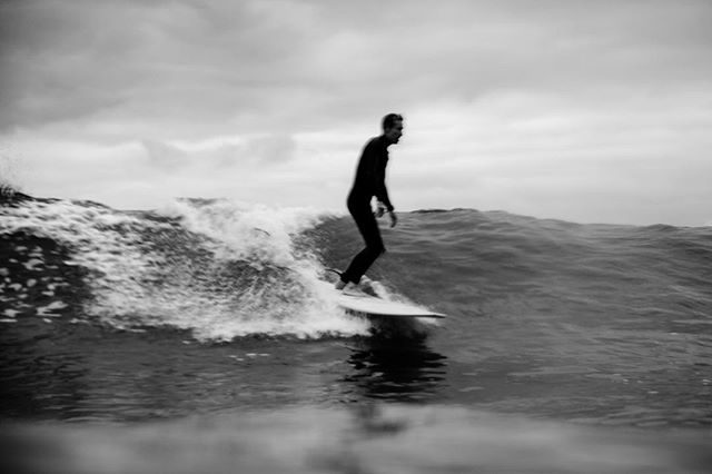 """Surfing is the greatest thrill of my life."" - Duke Kahanamoku #surf #monochrome #oceanminded #happyinthebrine #wherelandmeetssea #saltycrew #thesea #lovenature #earthday #bluemind #bluemindlife #awildlovefortheworld 📸: @hisarahlee"