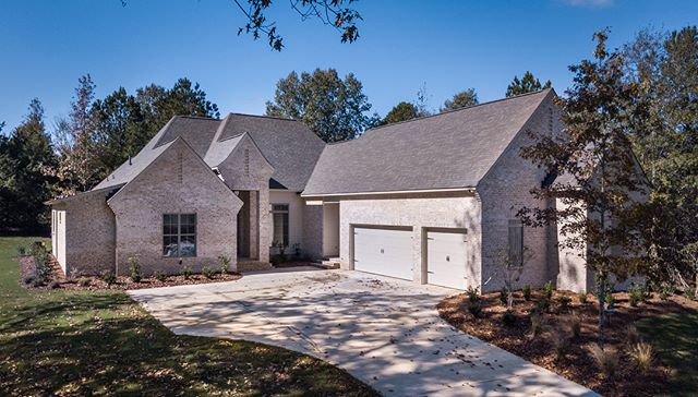New construction #117EaglesCove at Eagles Nest of Lake Caroline! #porticohomes #forsale #home