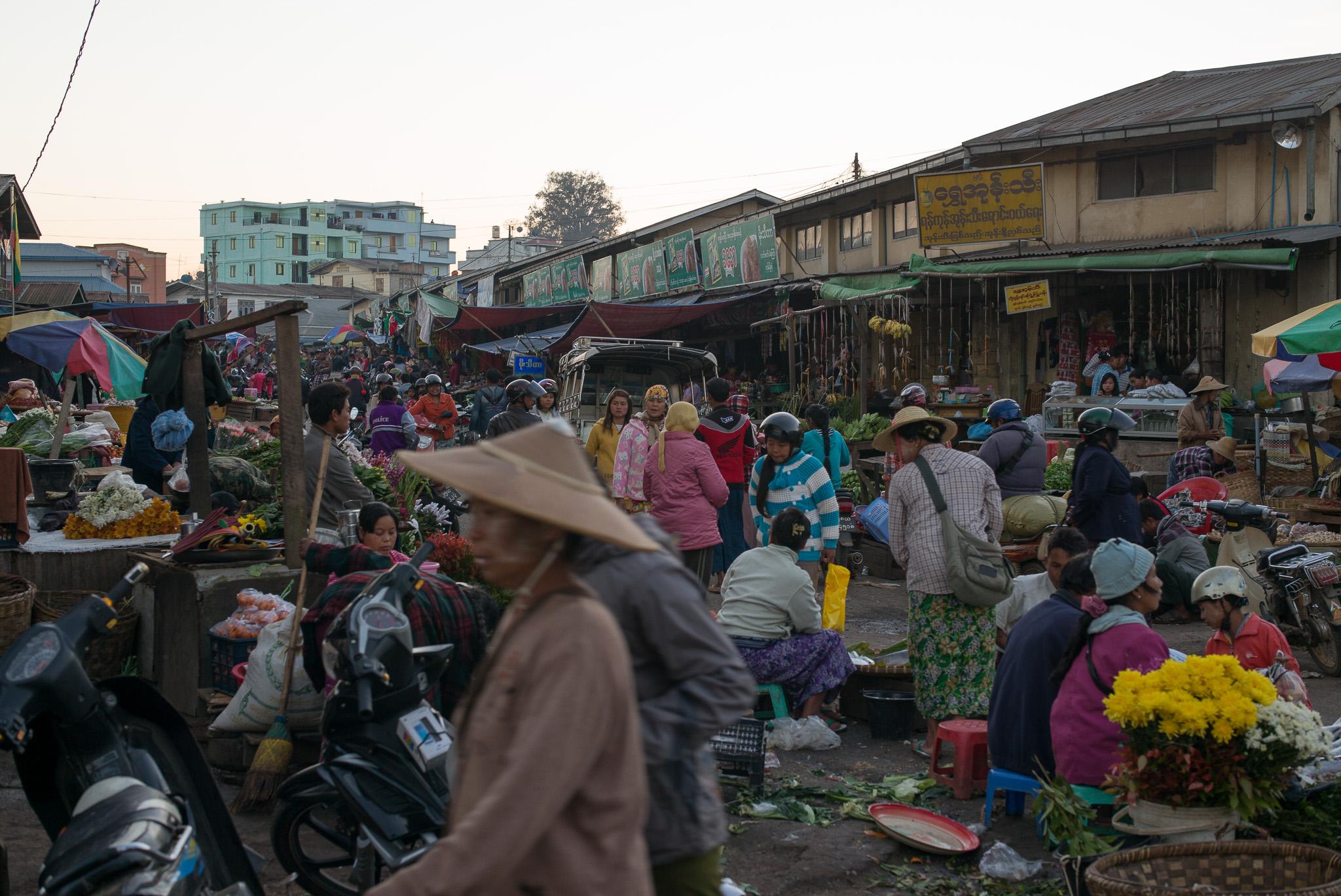 02-Burma-0819-P-1412.jpg