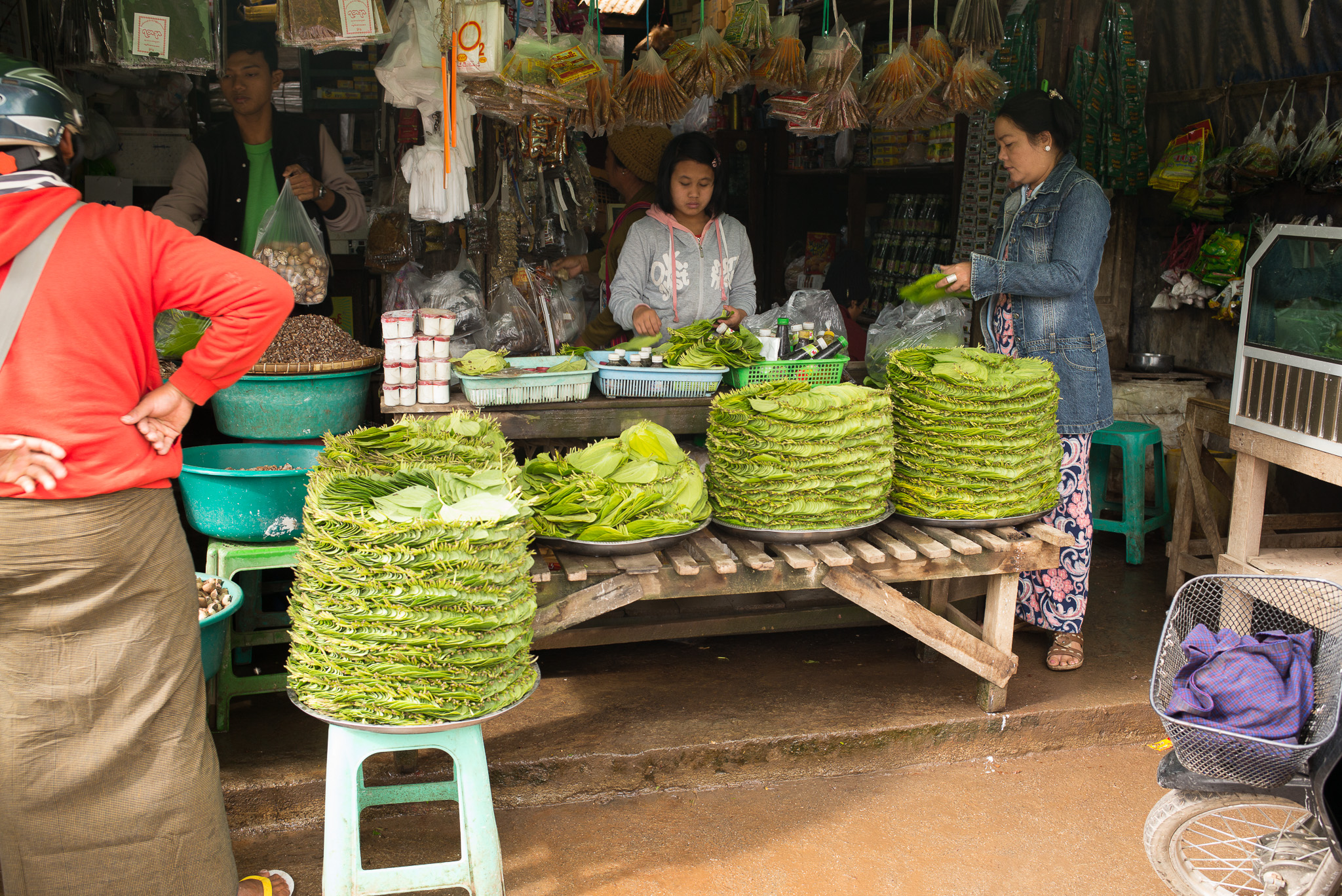 04-Burma-0391-P-1412.jpg