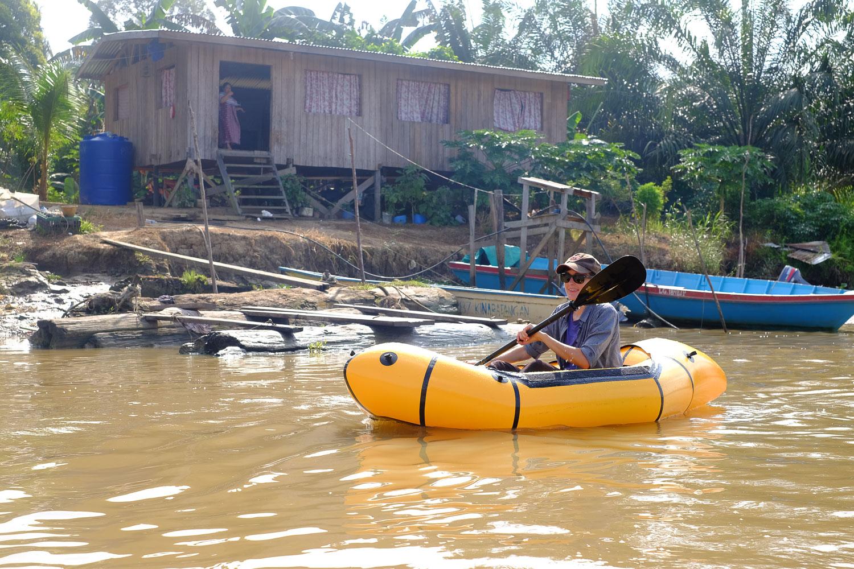 packraft_kinabatangan_river_borneo.jpg