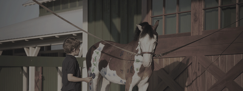 LONGFIELD PAINT THE PONY | COURTESY OF MONTAGE PALMETTO BLUFF