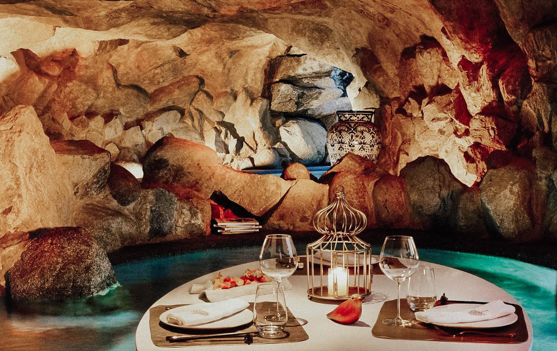 Dinner-in-the-Grotto.jpg