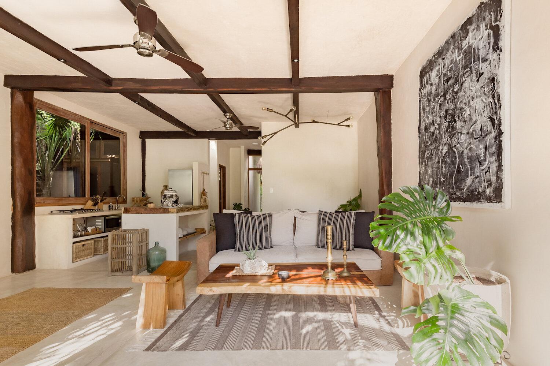 MX_122434_RivieraMaya_CasaChechen_004_Livingroom_0022_IS.jpg