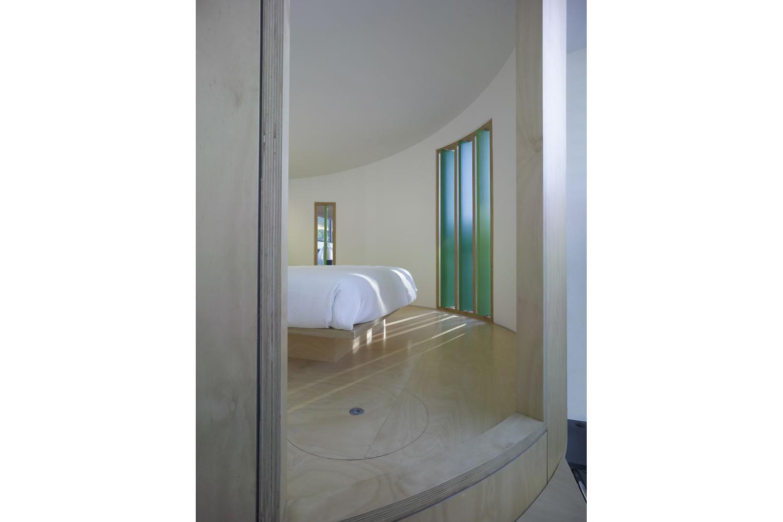24 Bed.jpg