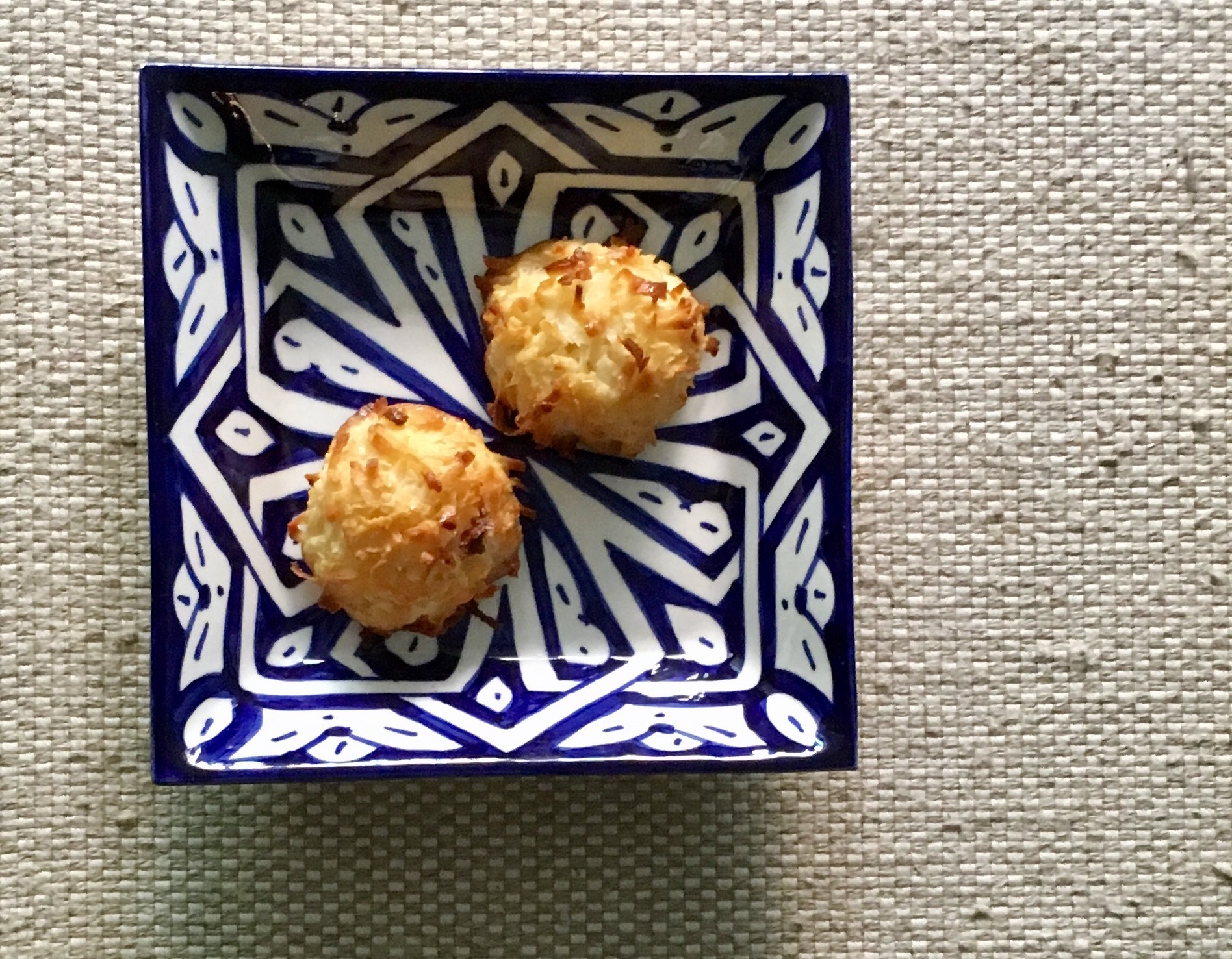 Delectable toasted coconut macaroons, like the ones we had after our hamman in Fès, Morocco
