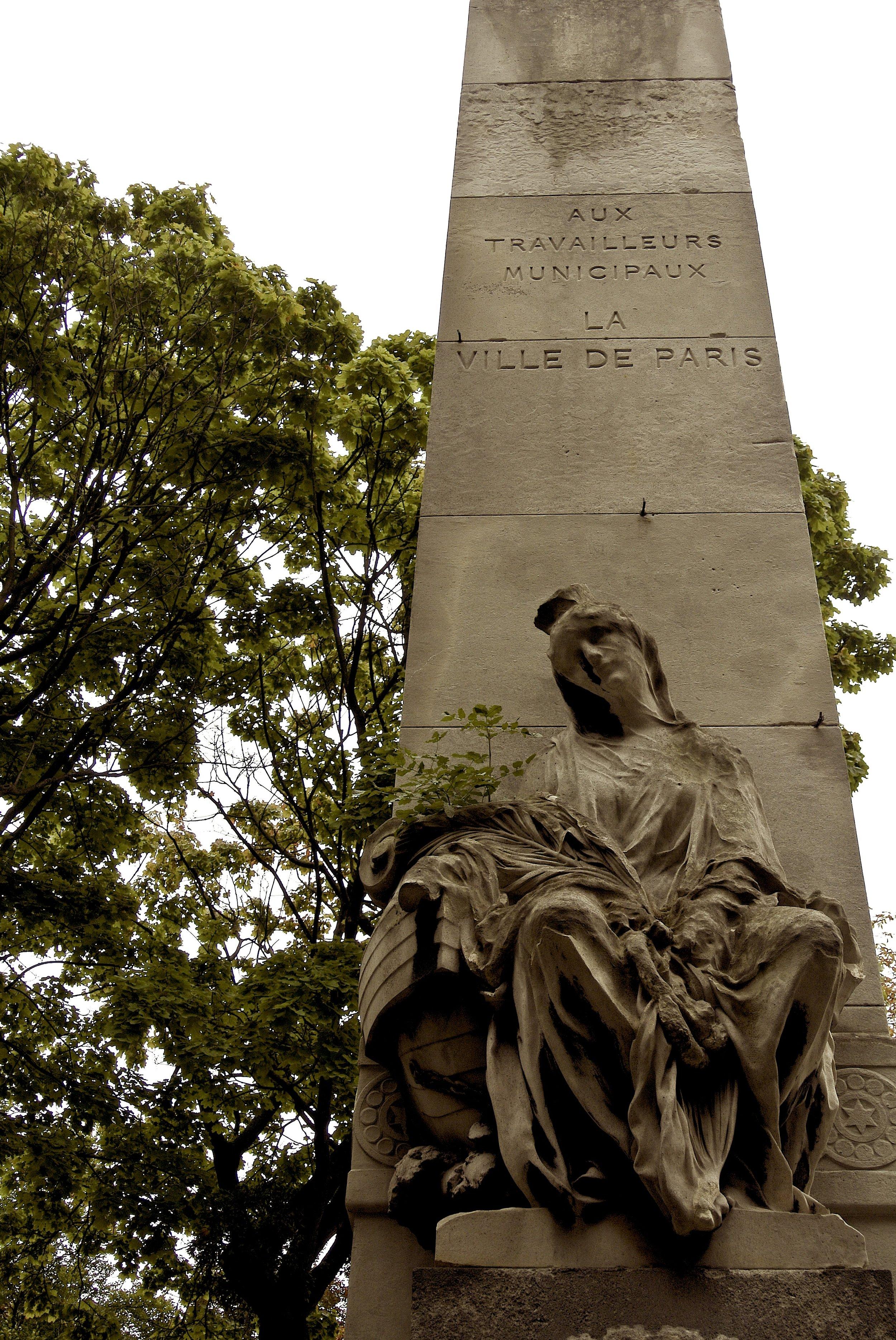obeliskgrave.JPG