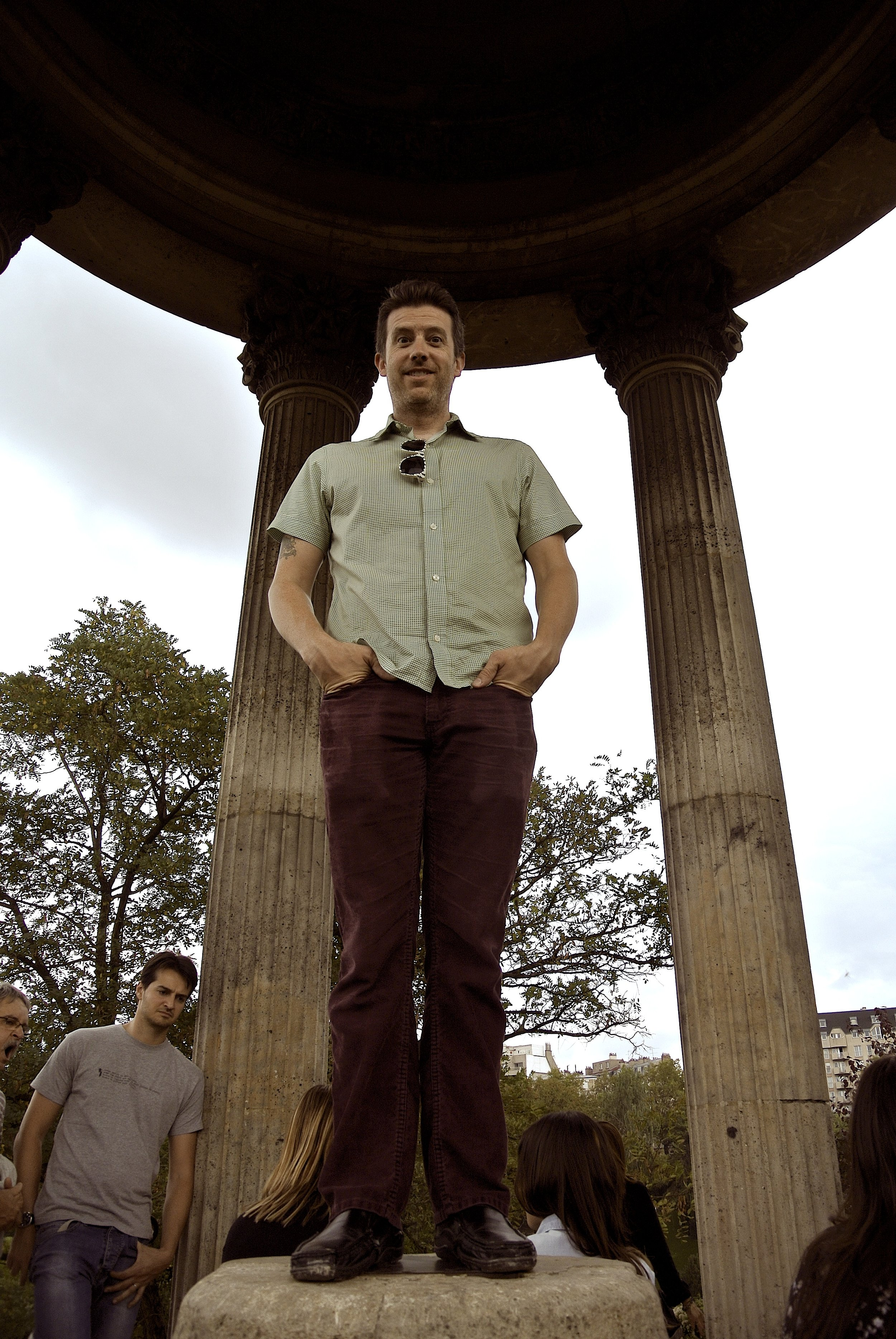 Wally in the folly at Buttes Chaumont