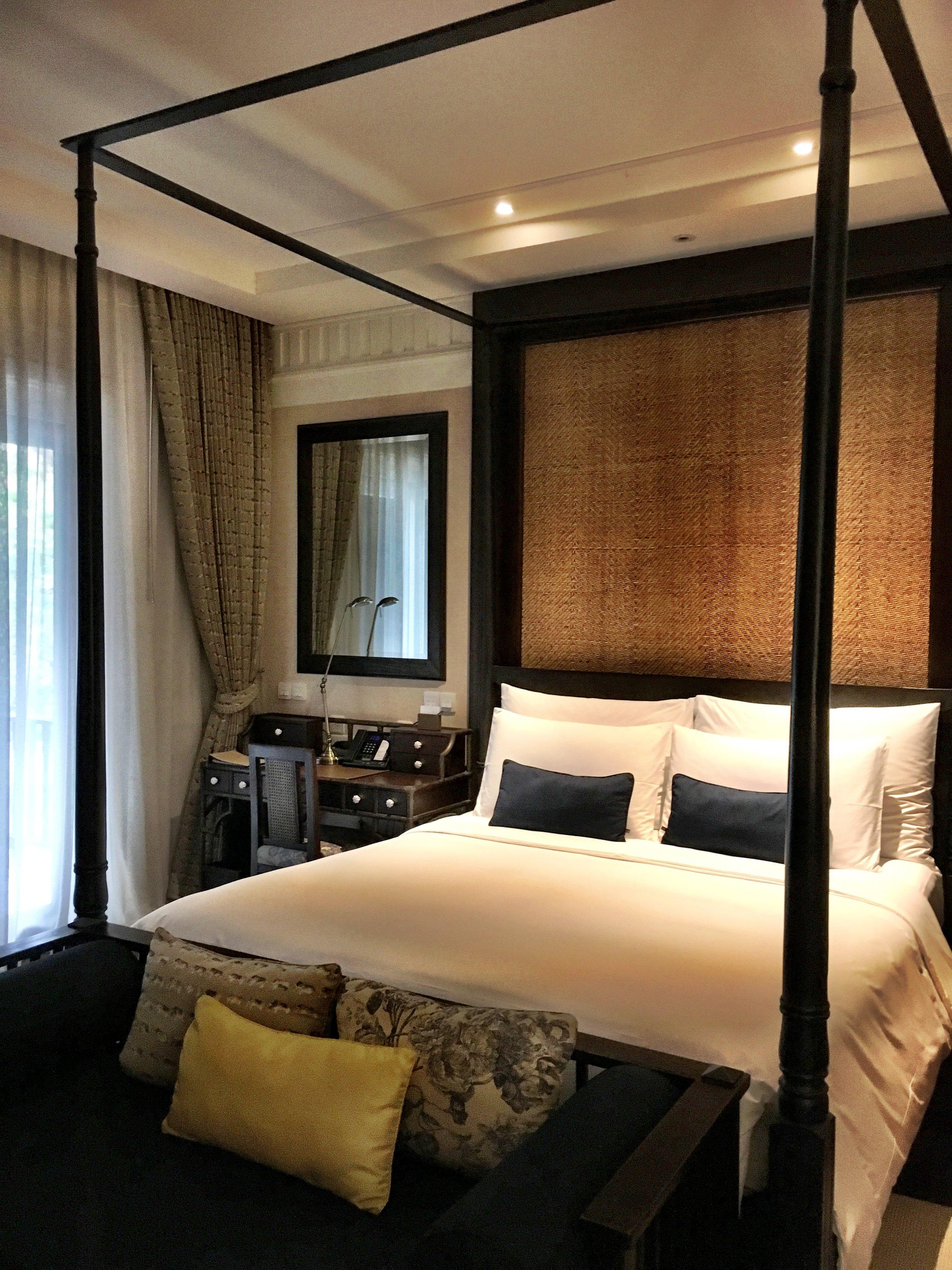 The Rajah Brooke Suite's bedroom