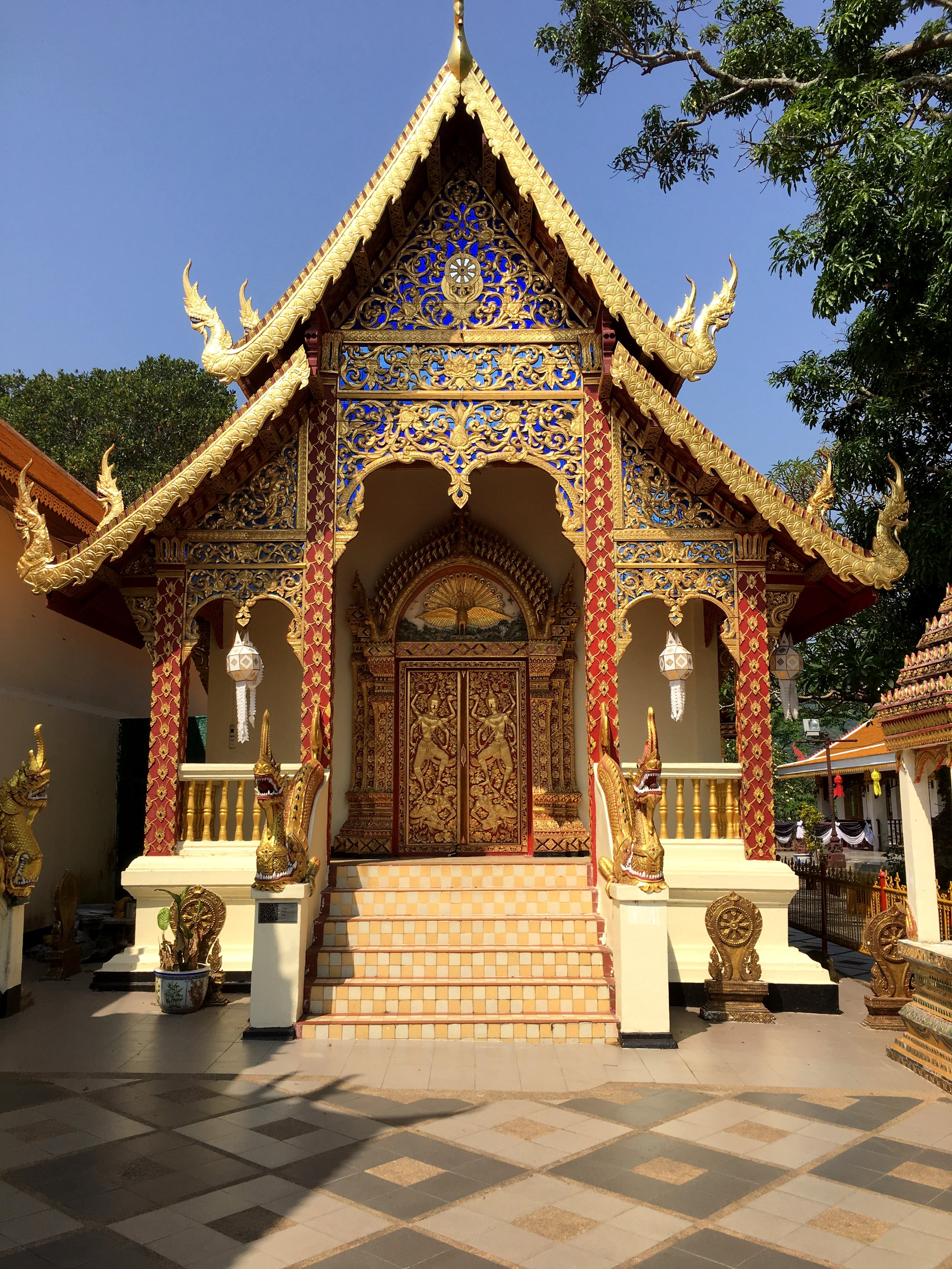 As with any Thai temple, there's lots to explore on the Wat Phra That Doi Suthep grounds