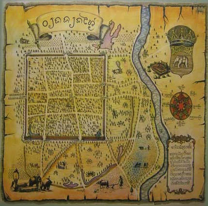 An old map of Chiang Mai shows the square city center