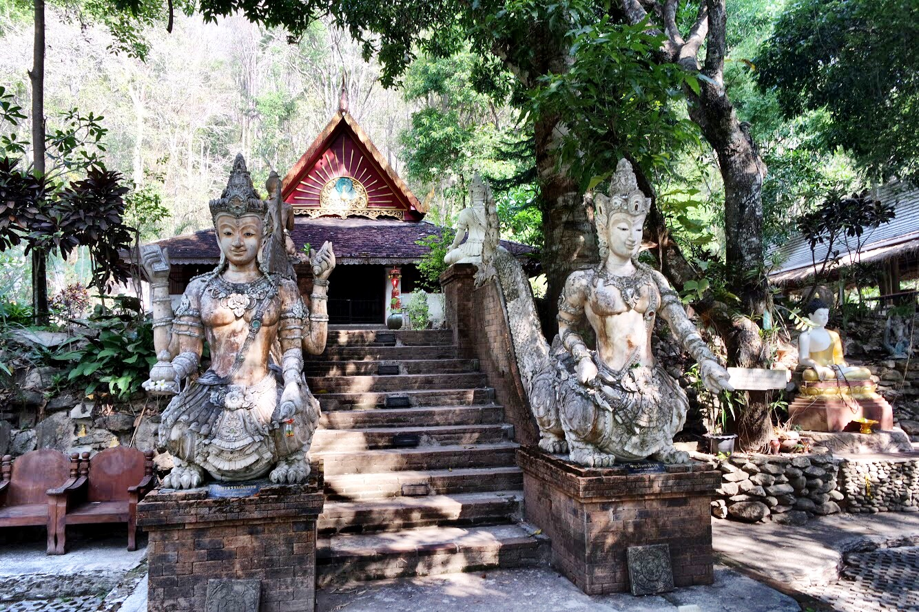 Perhaps Wat Palad has seen better days — and perhaps that's part of its charm