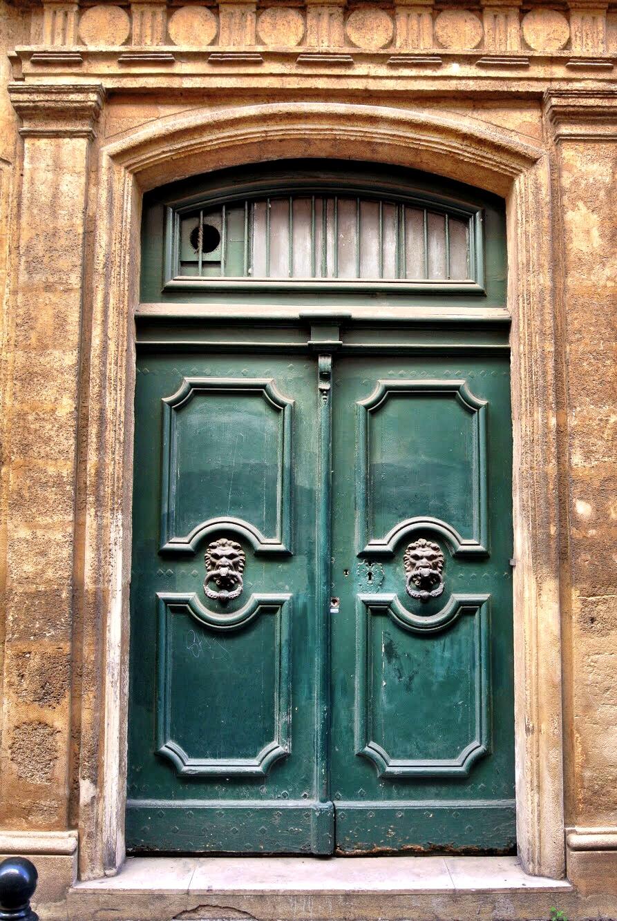 doorsofprovence9.jpg