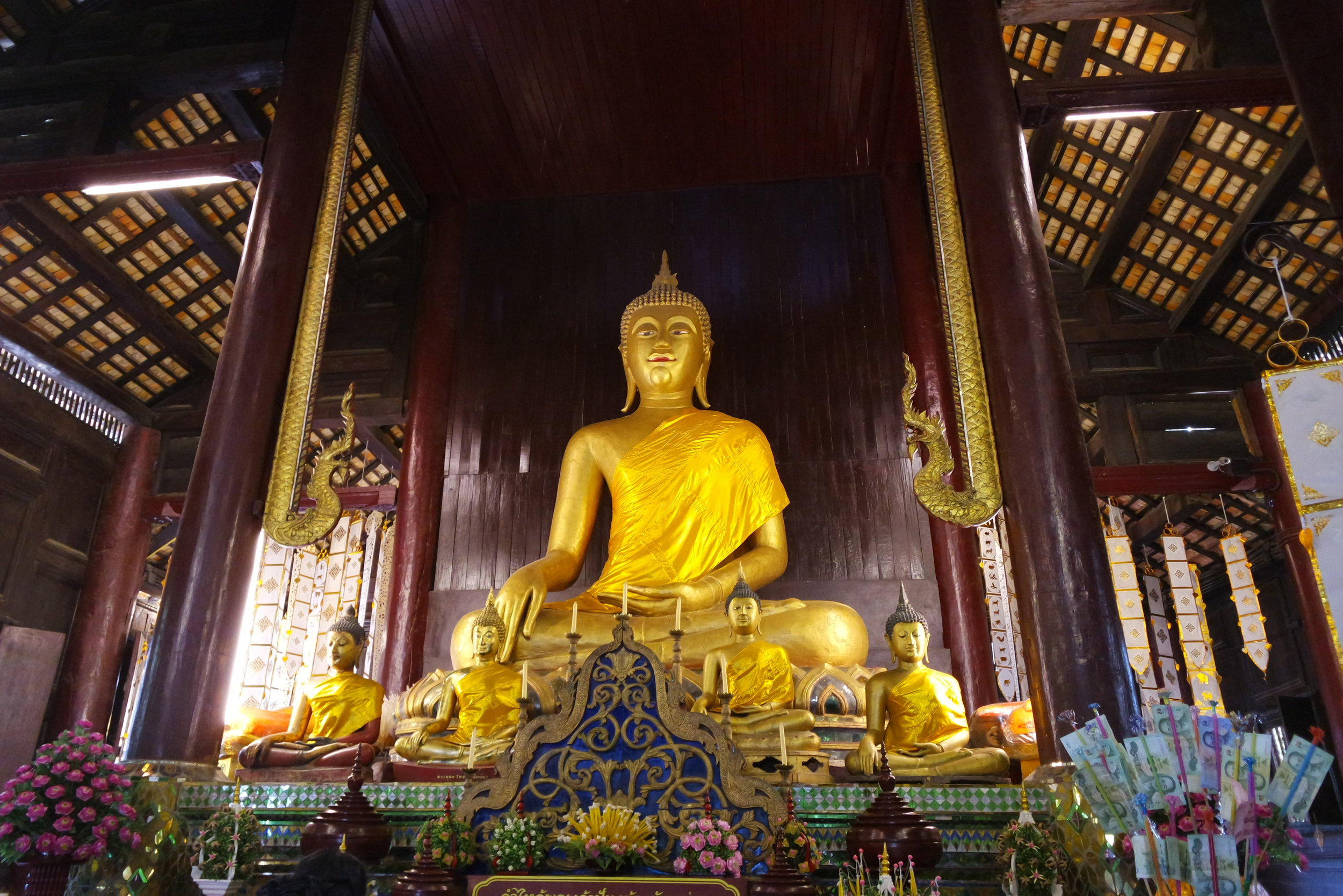 The Buddha of the Phra Singh ubosot