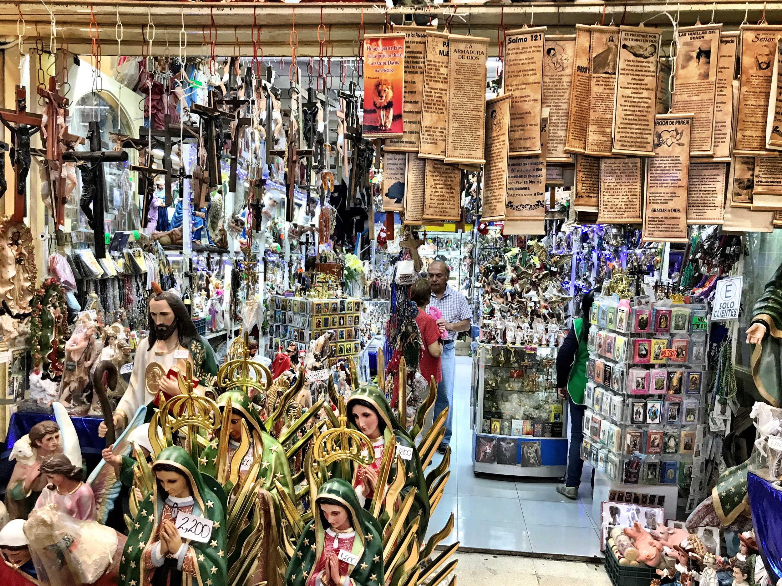 Head to the back left corner of the Mercado Sonora to find the witch's market