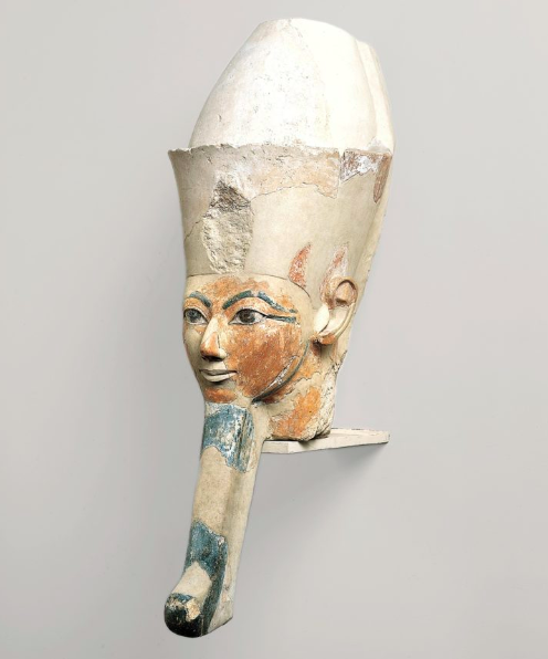 Only kings wore these long false beards — though only Amun knows why!