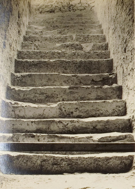 Talk about a 12-step program! These stairs were the first evidence of the wonders that lay within this untouched tomb