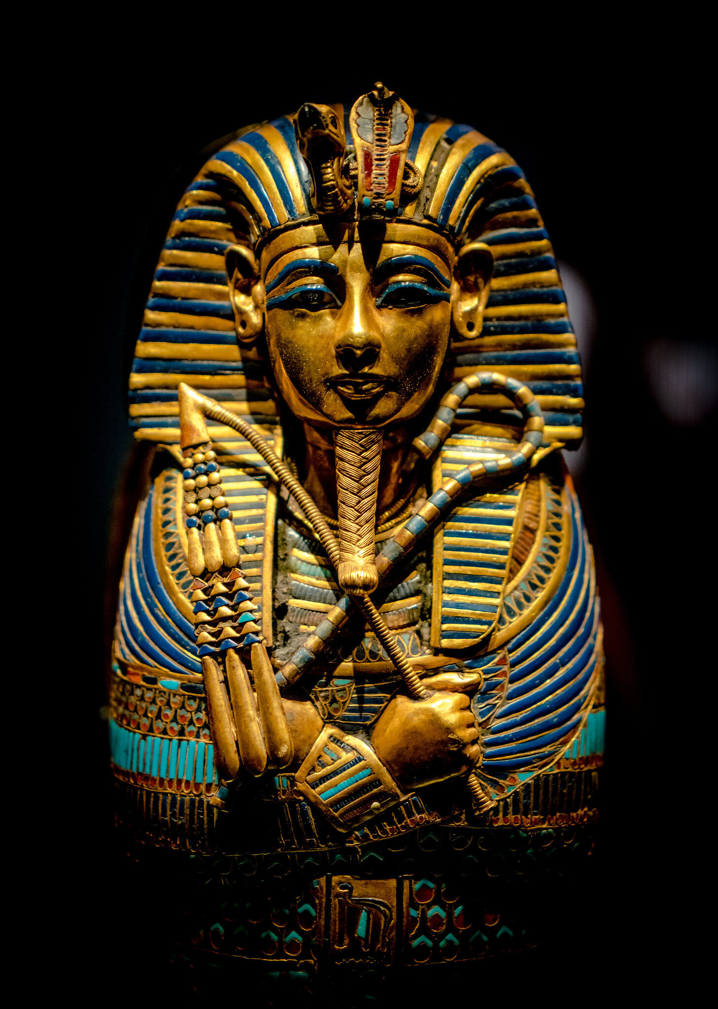 How did the most famous pharaoh of Ancient Egypt die? Recent evidence disproves some of the most popular theories