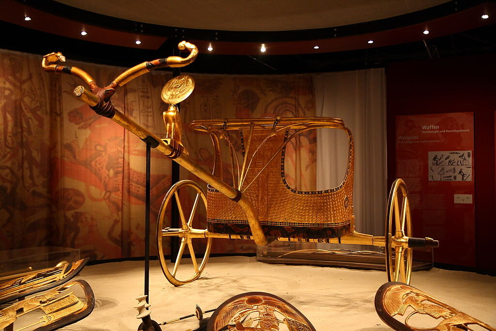 A replica of a chariot from Tut's tomb — even though his bum foot should have prevented the young pharaoh from riding in one