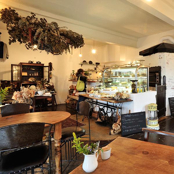 cafe116.jpg