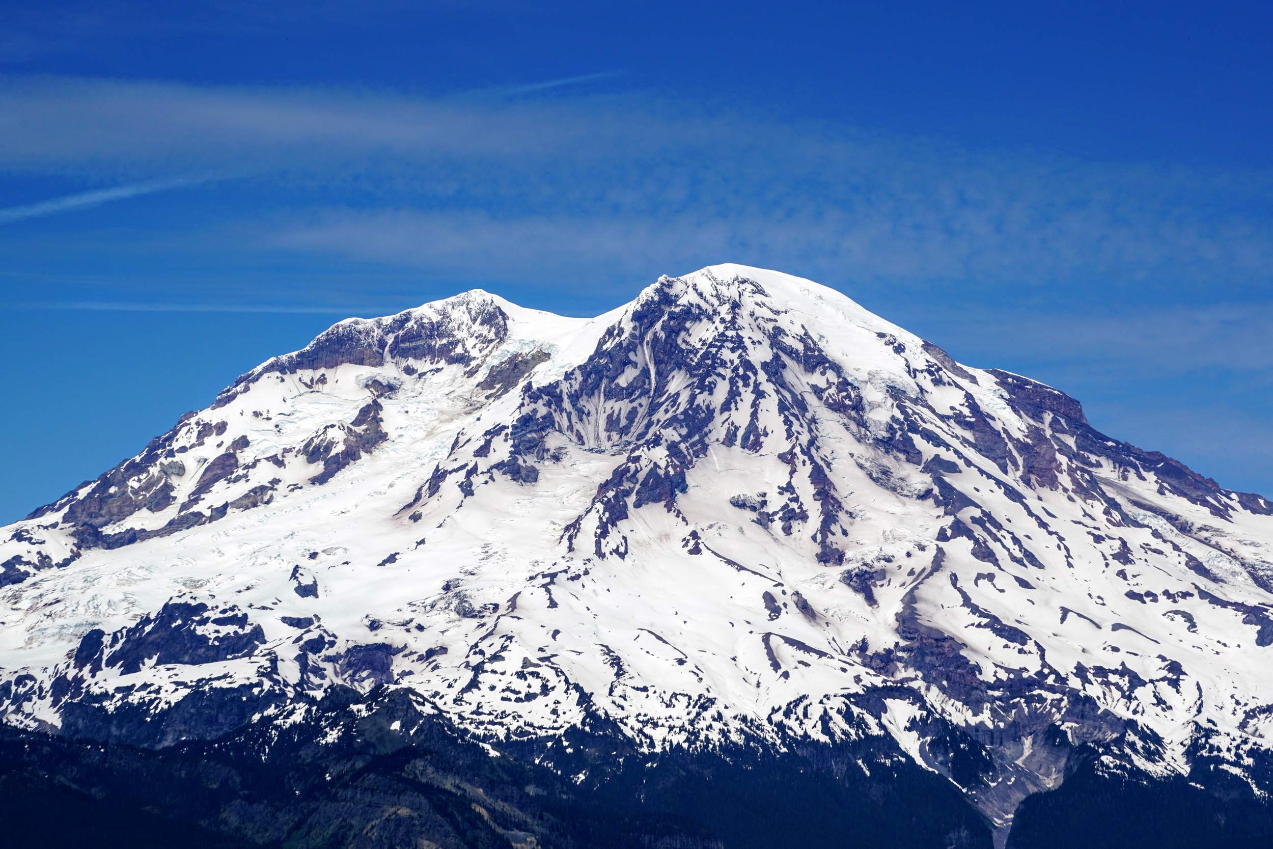 Up Close Mount Rainier from High Rock