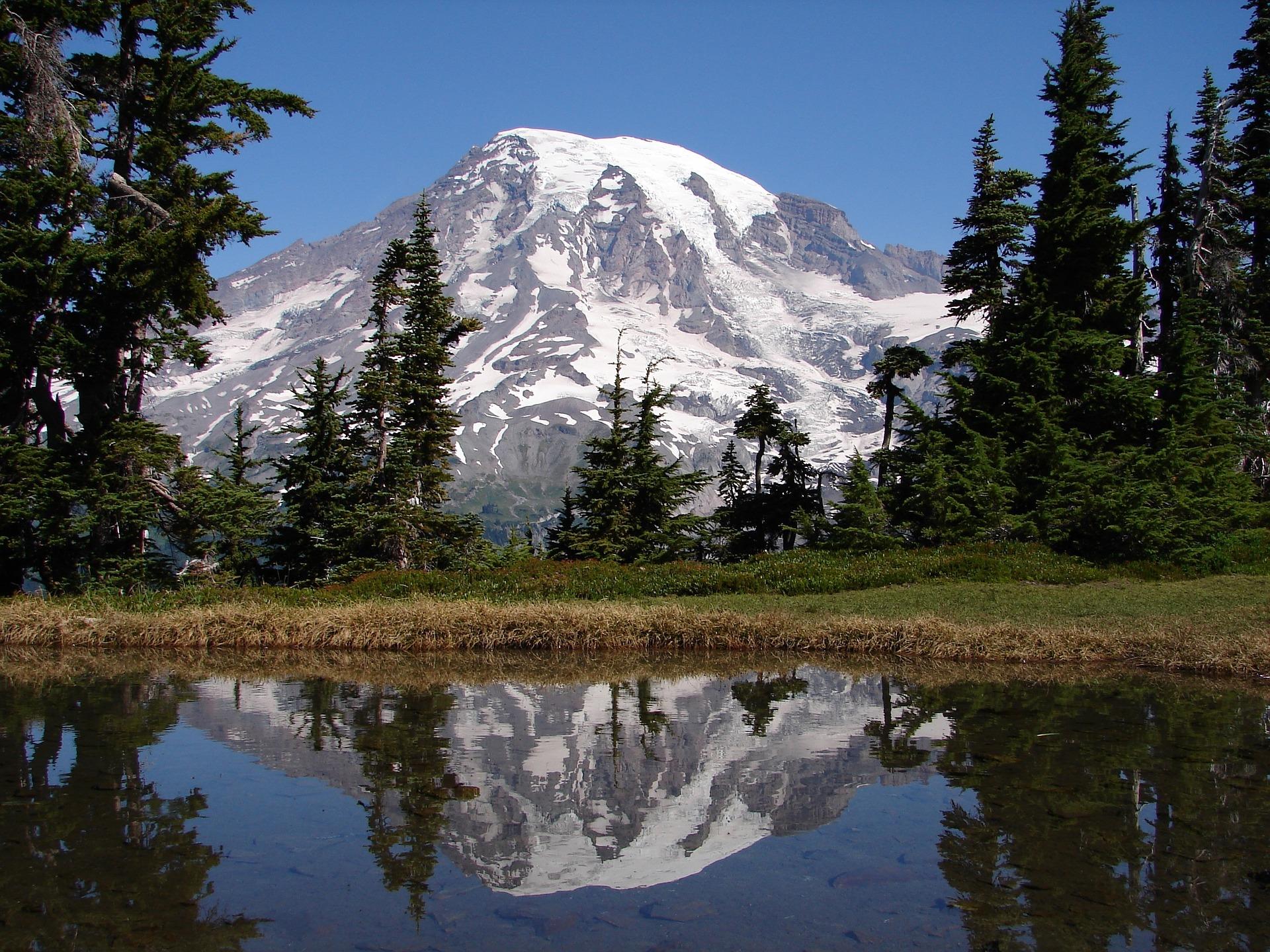 Mount Rainier reflected in Lake Tipsoo. Photo credit:    Pixabay