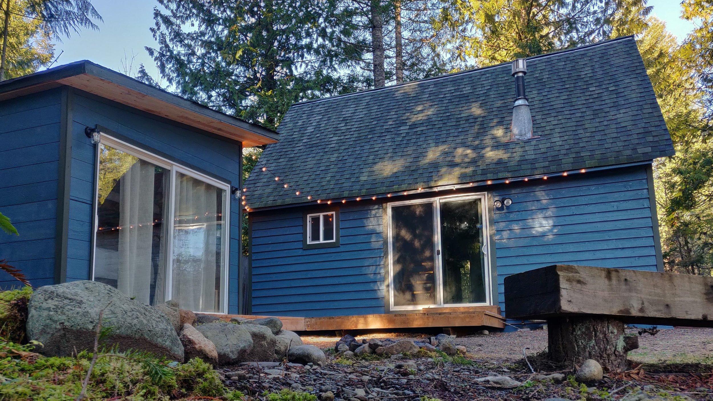Millard's Cabin in Packwood, Washington