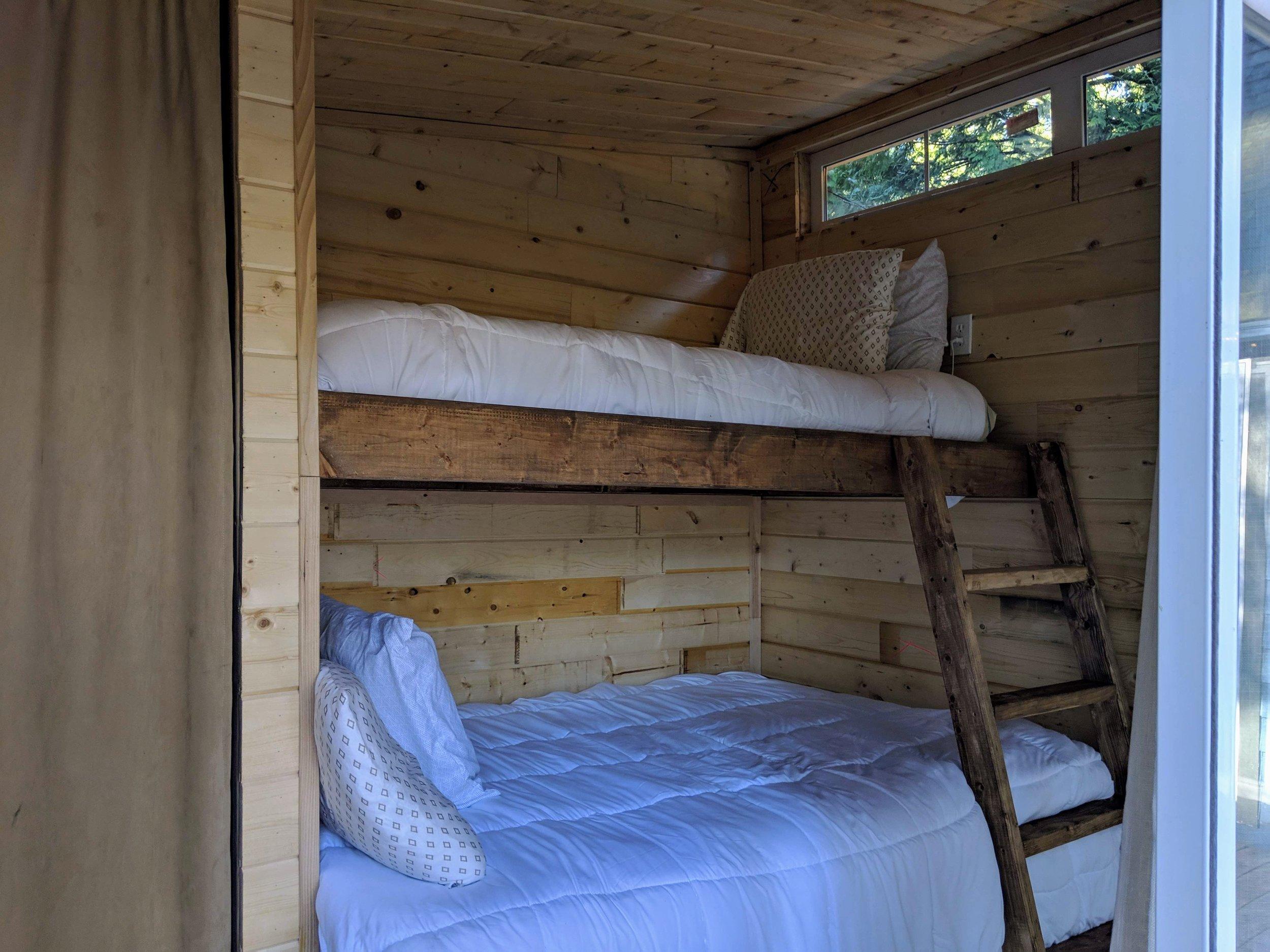 Bunkhouse bunkbeds