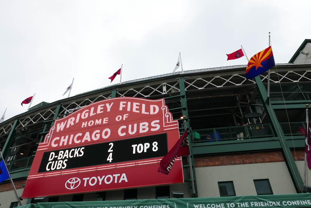 JOYSHA_SHOOTS_CHICAGO_WRIGLEY_FIELD_01.jpg