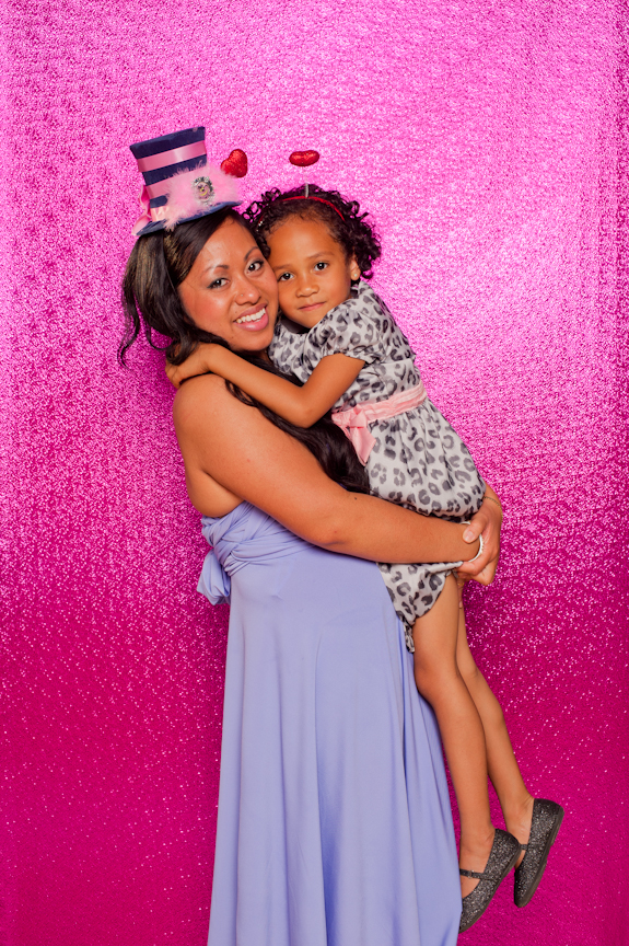 METALLIC BACKGROUND: 4 FEET WIDE   This background is 4 feet wide and best used for vertical layouts. It can not be customized to your own designs but you can bring stand-alone props to set up next to it for your guests to pose in-between.  Available in pink and gold.