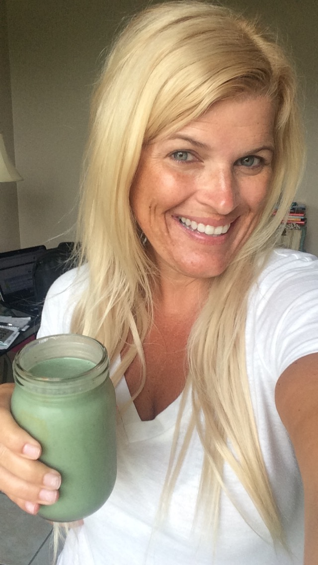 Green Smoothie #10daygreentox #nomakeup #loveyourself