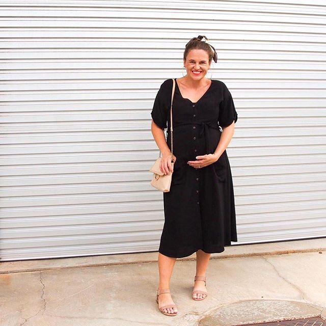 We believe all mothers should feel comfortable and confident to feed their babies whenever and wherever they need to. Stylefeed's signature zip front design with inner modesty layer enables our mothers to feed discreetly in public while wearing clothes that are accessible and stylish. Swipe across 👉🏼 ⠀⠀⠀⠀⠀⠀⠀⠀⠀ ⠀⠀⠀⠀⠀⠀⠀⠀⠀ Featured piece: Paris Midi V-Neck Dress worn by @prettychuffed and her 34 week bump (this dress can also be worn throughout pregnancy) ⠀⠀⠀⠀⠀⠀⠀⠀⠀ ⠀⠀⠀⠀⠀⠀⠀⠀⠀ View the range online and be inspired to look and feel your best: www.stylefeed.com.au ⠀⠀⠀⠀⠀⠀⠀⠀⠀ ⠀⠀⠀⠀⠀⠀⠀⠀⠀ #breastfeedingstyle  #breastfeedingdress #paris #stylefeeder