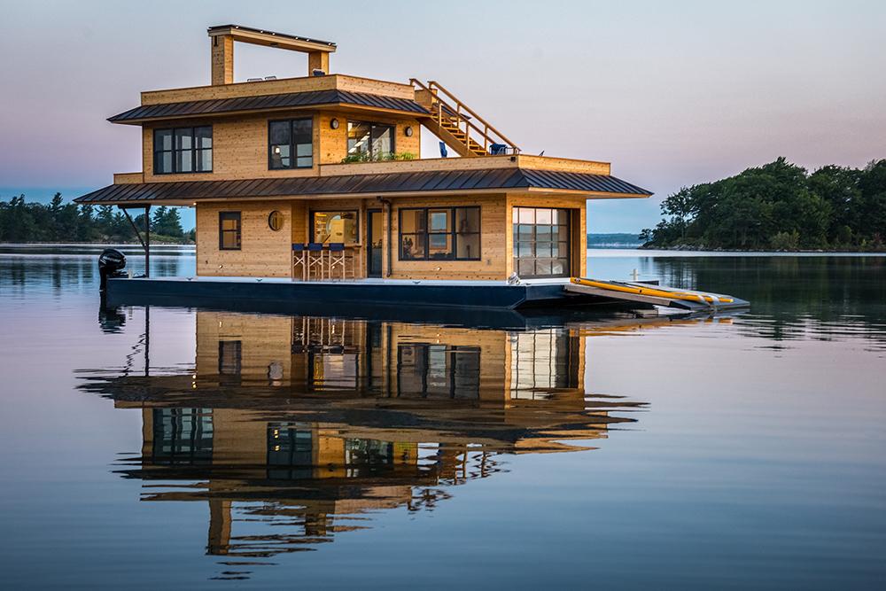 049Purcell House Barge_summer 2017_©Joseph T. Meirose IV.jpg