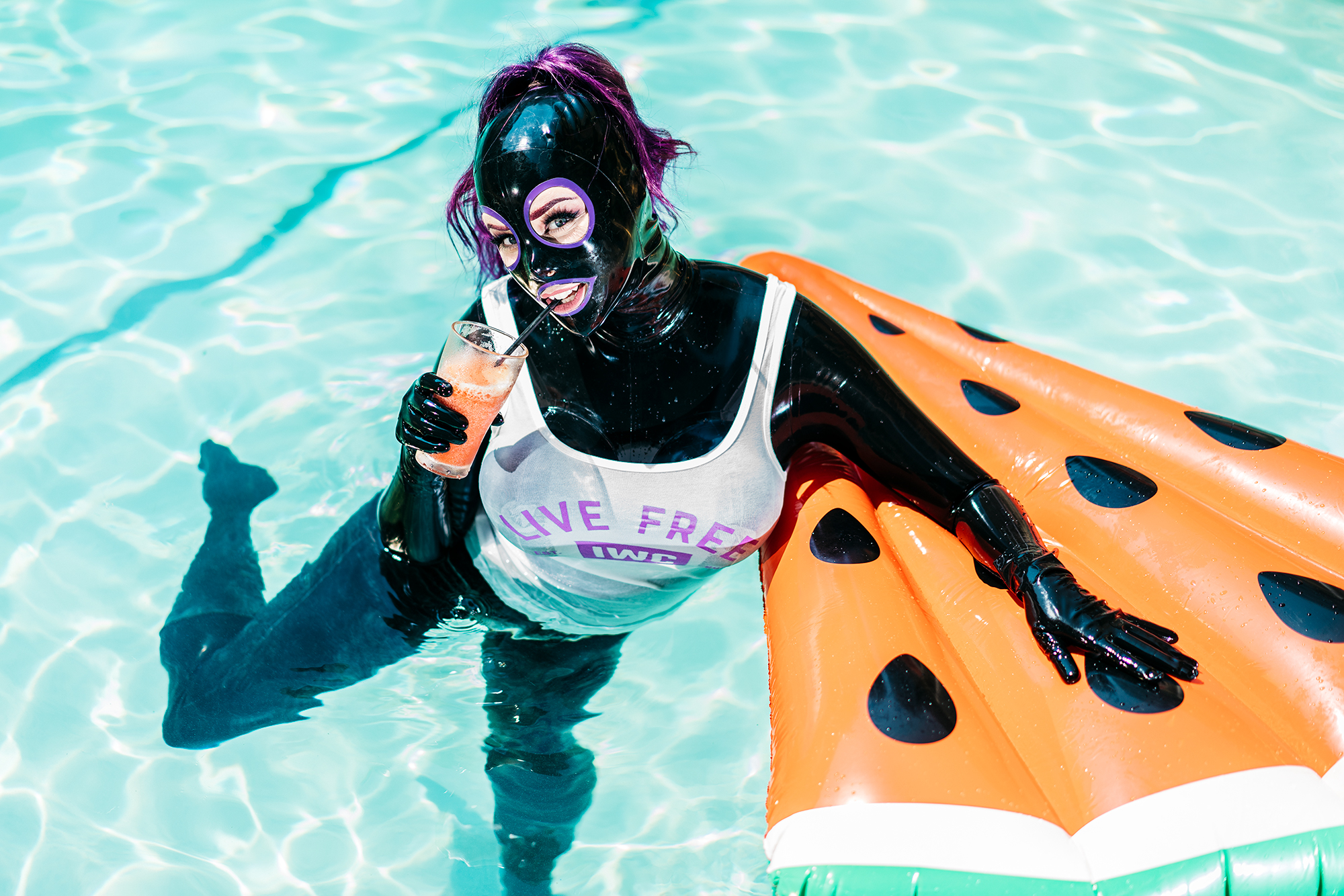 """IWantClips 2018 Photo Contest, Winner for """"Pool Party"""" $1000 Prize Winner"""