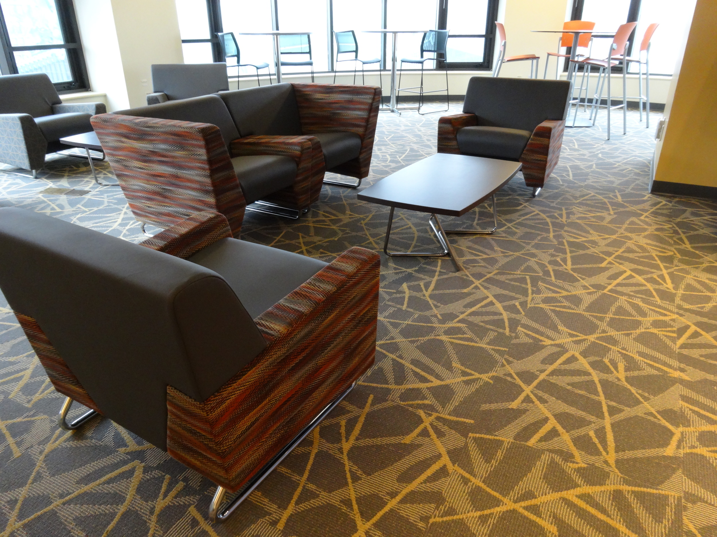 new lounge furniture 2016 008.JPG